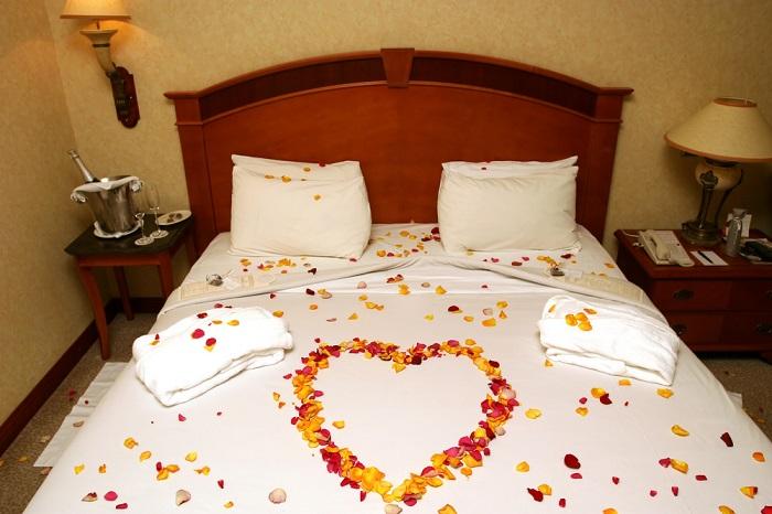 preparazione del letto matrimoniale il matrimonio in puglia 1